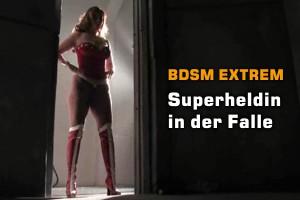 Superheldin: BDSM-Folter