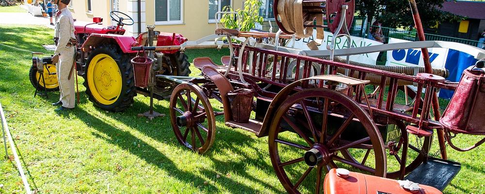 Oldtimer-Traktoren beim Genussfest