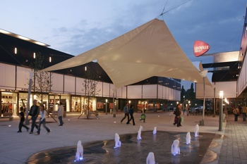 Leoville - Flagship-Store-Architektur