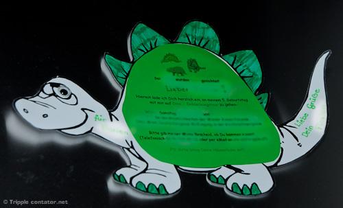 mottoparty - dinosaurierparty | famili.at, Einladungen
